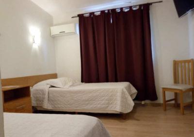 Vista Habitación Individuales, dos camas, Hotel Chos Malal