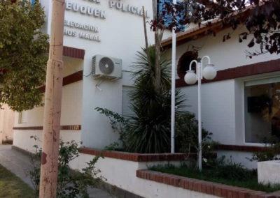 Vista frente Hotel Chos Malal